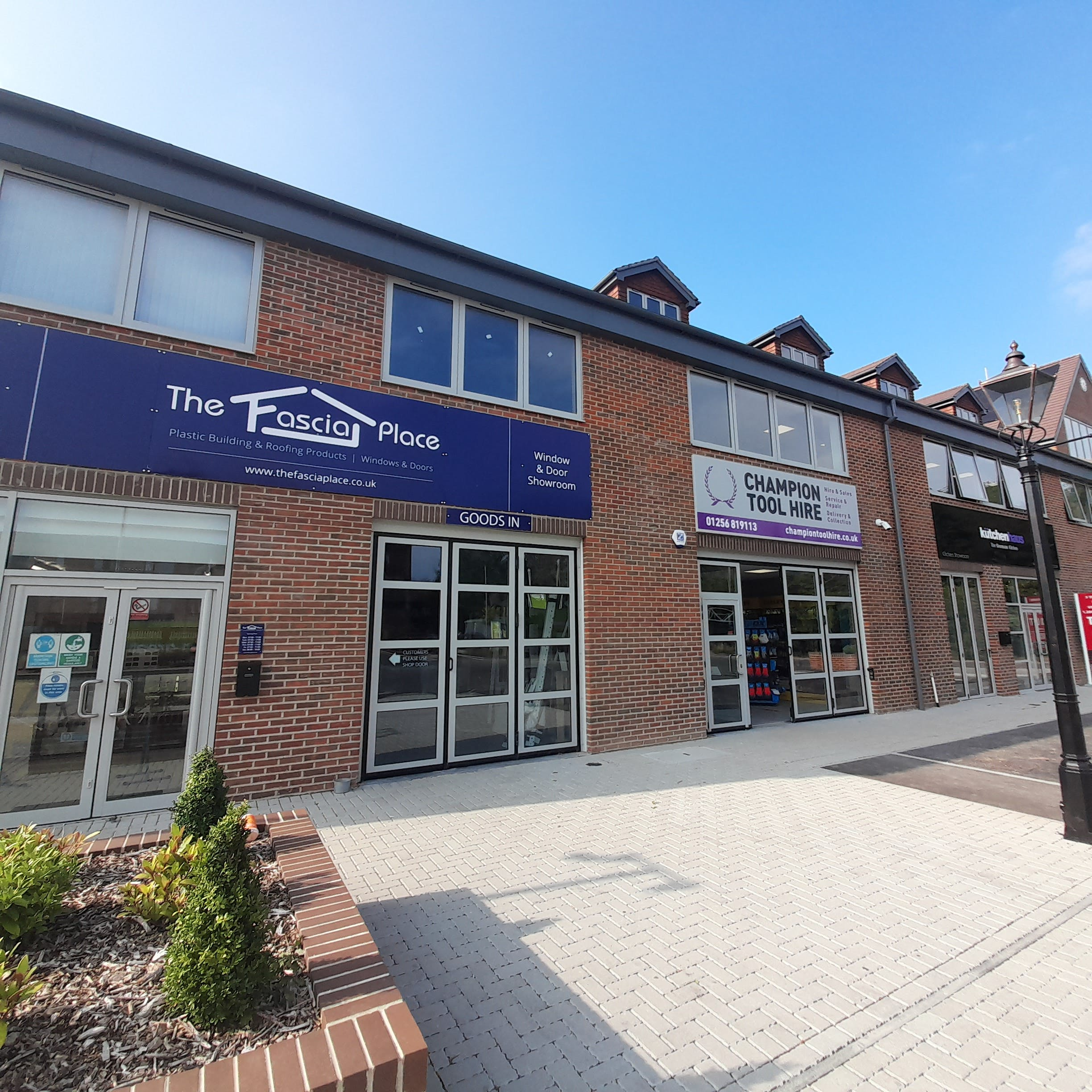 Champion House, Wella Road, Basingstoke, Warehouse & Industrial To Let - sub 3Sept21.jpg