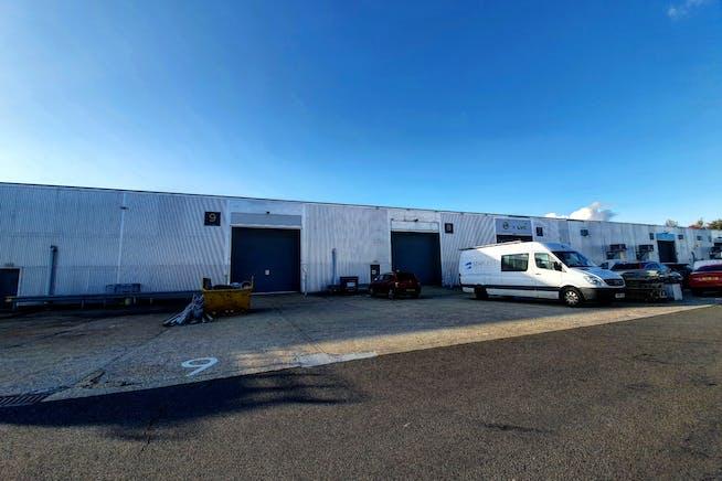 Units 8 & 9, Bilton Road, Basingstoke, Warehouse & Industrial To Let - Units 8  9 Bilton Road.jpg