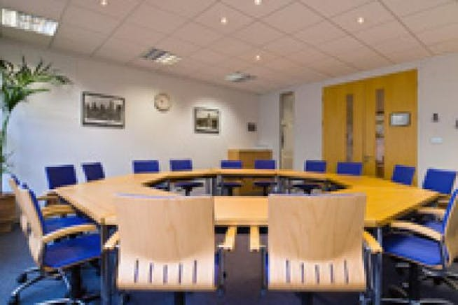 Pinewood Chineham Business Park, Basingstoke, Offices / Serviced Offices To Let - Title