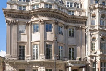 105 Piccadilly, Mayfair, London, Office To Let - Exterior.PNG