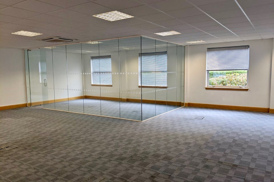 Unit 3 Millars Brook, Wokingham, Offices To Let - IMG_20200113_122402 (1).jpg