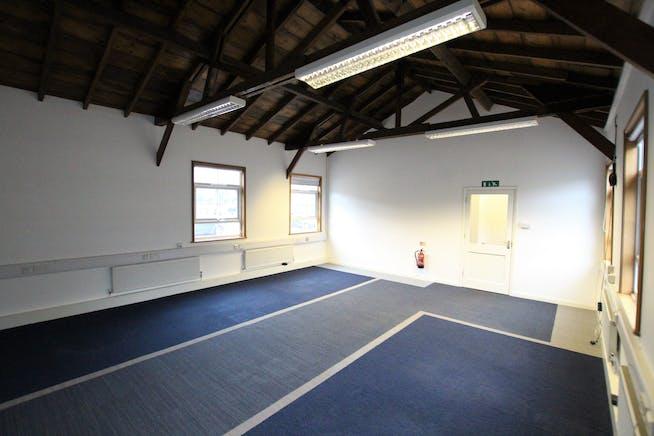 Cherry, Greenhills Rural Enterprise Centre, Farnham, Offices To Let - IMG_0544.JPG