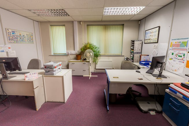 Hampton Court, Manor Park Avenue, Runcorn, Office To Let - Banner Chemicals-18.JPG