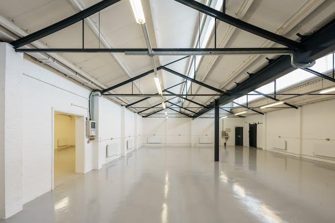 Unit 8 Zennor Trade Park, Balham, Industrial To Let - balham-zennor-110.jpg