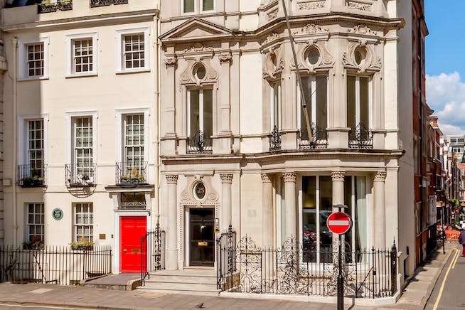 24 Berkeley Square, Mayfair, London, Serviced Office To Let - 002_Property.jpg