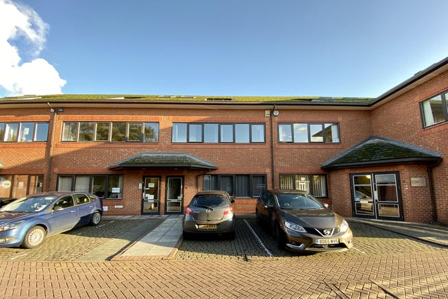 3 St. Andrews Court, Thame, Office To Let - FRONT 2.jpg