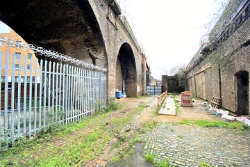 Land And Arches 3-10 Valentia Place, Brixton, Industrial / Land To Let - IMG_5060.jpg