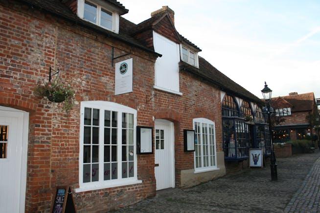 24 Lion & Lamb Yard, Farnham, Retail To Let - IMG_0283.JPG