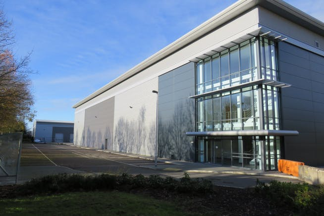 Unit 2 Voyager, Farnborough Aerospace Centre, Farnborough, Industrial To Let - IMG_0155.JPG