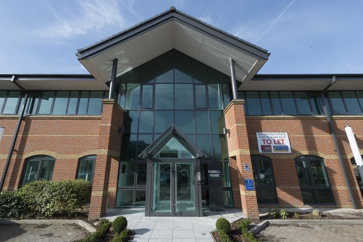 Russell House, Regent Park, Leatherhead, Offices To Let - IW-150317-GKA-023.jpg