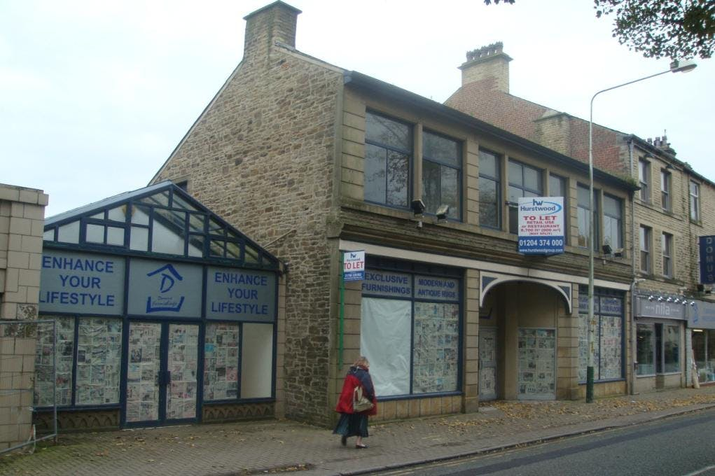 23-27 Bacup Road, Rawtenstall, Leisure To Let - DSC02320 compressed.JPG
