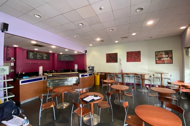 5 The Grove, Stratford, Retail To Let - IMG_2114.jpg