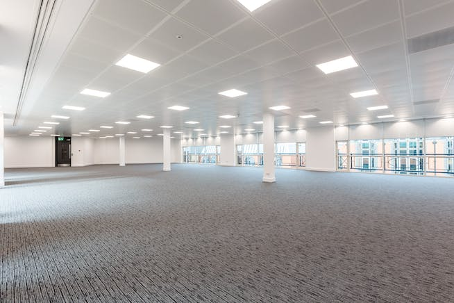 6 Church Street West, Woking, Offices To Let - 140912_bpp_029.jpg