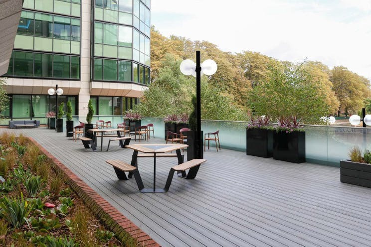 Abbey Gardens, Abbey Gardens, Reading, Office To Let - Terrace.jpg