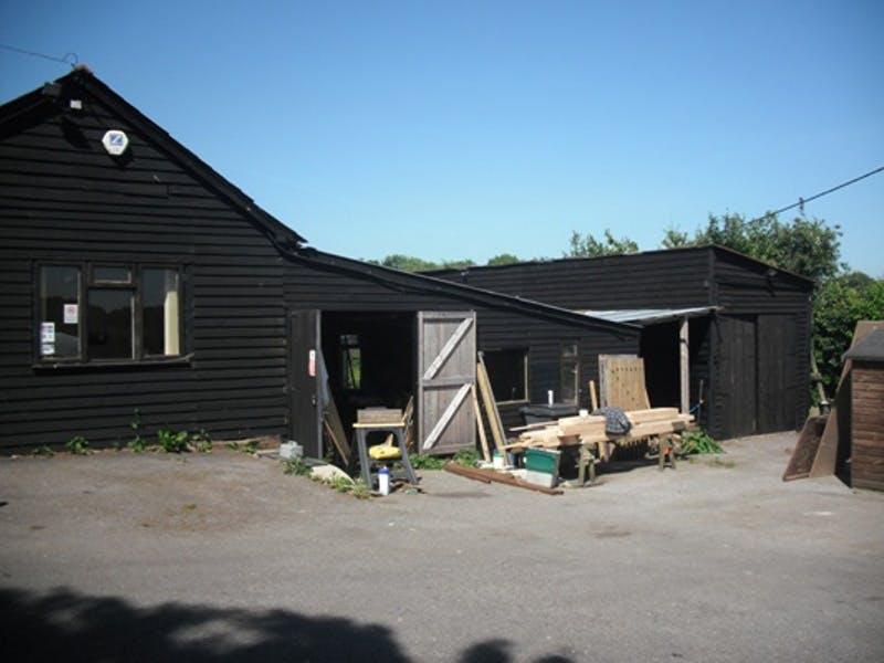 Bagmore Yard, Basingstoke, Warehouse & Industrial To Let - 3055781.jpg