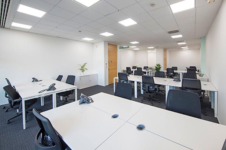 Venture House, Arlington Square, Bracknell, Offices To Let - bracknell venture regus3.jpg