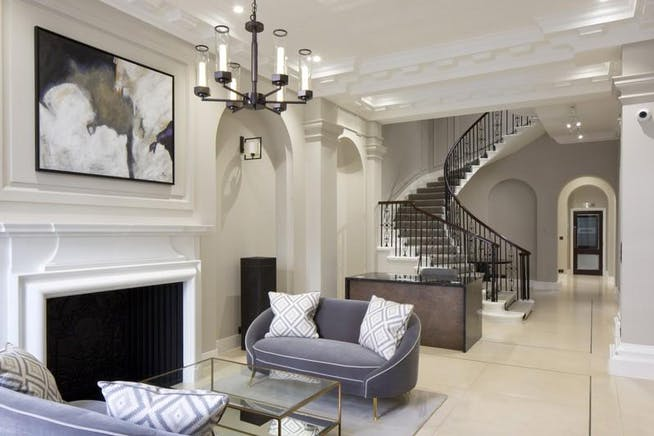 66 Grosvenor Street, London, Offices To Let - Building Reception