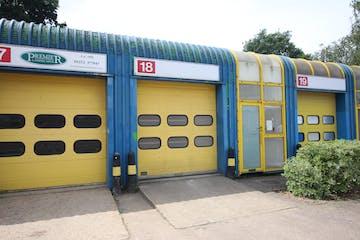 18 Enterprise Estate, Station Road West, Aldershot, Warehouse & Industrial To Let - IMG_9852.JPG