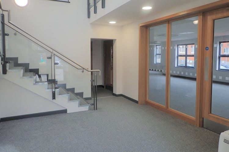Hayworthe Villa, Haywards Heath, Office To Let - P2250354.JPG