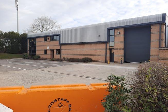 Fairwood Industrial Estate, Leacon Road, Ashford, Warehouse / Industrial To Let - 20201202_095843.jpg