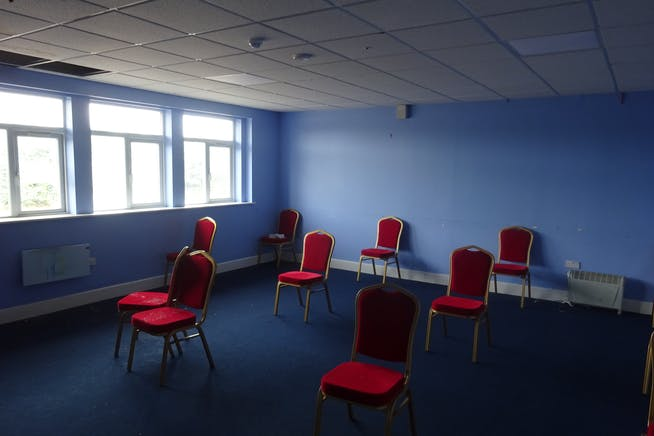 Ground Floor, Rima House, Ripple Road, Barking, Offices / Suis Generis (other) To Let - DSC02409.JPG
