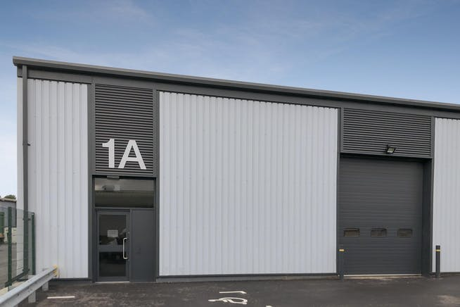 1A Drakes Drive, Crendon Industrial Park, Industrial To Let - F-4.jpg
