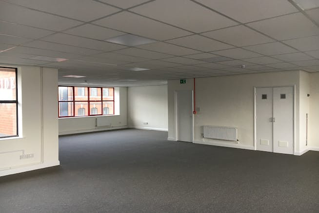 First Floor, Unit 7 - Riverside Court, Don Road, Sheffield, Offices To Let - IMG_0061.JPG