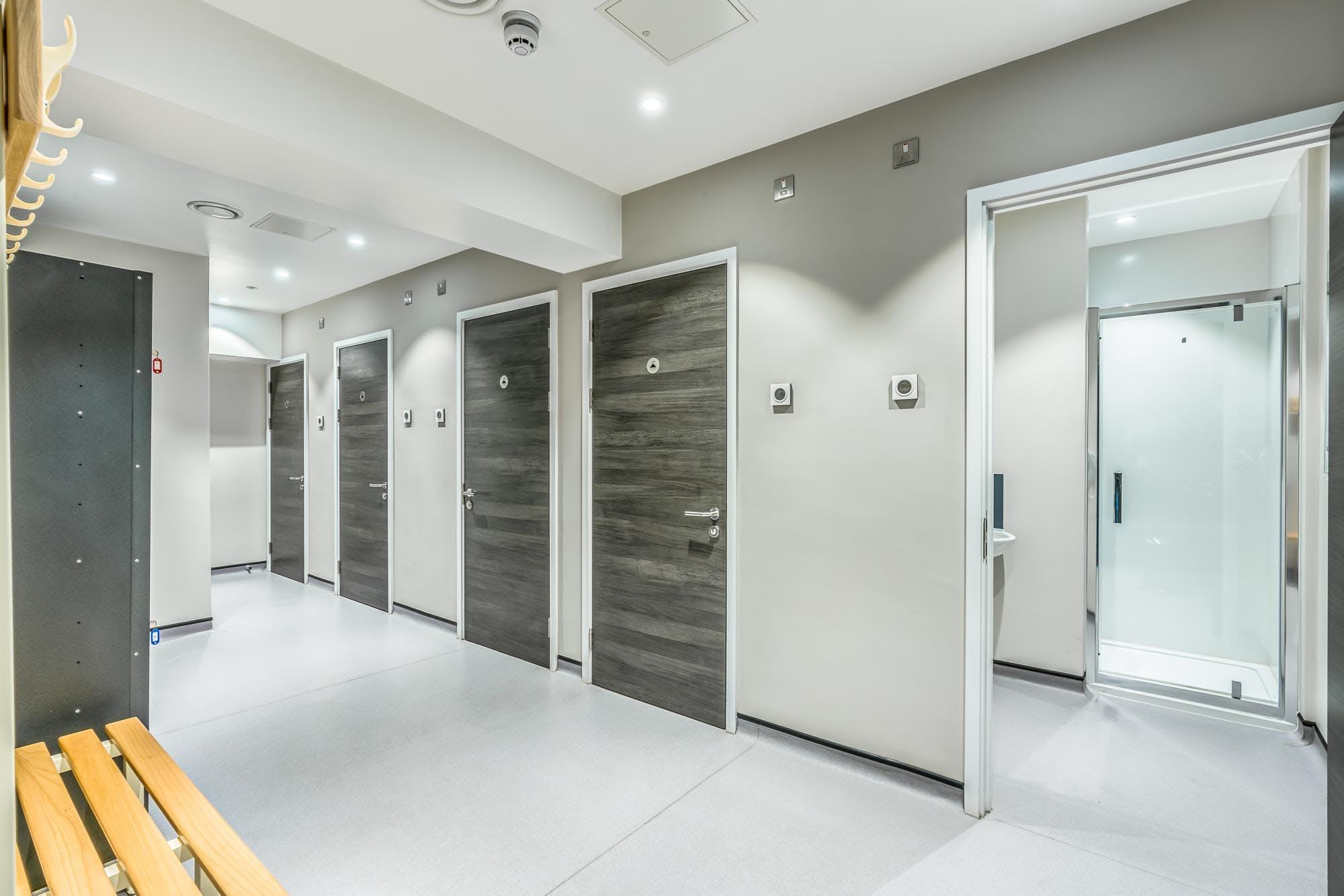 4Th Floor, Spectrum Point, Farnborough, Office To Let - DSC01716enfused.jpg