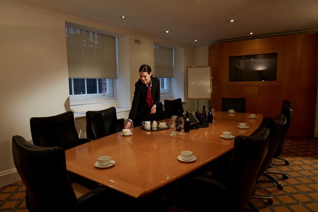 84 Brook Street, London, Serviced Office To Let - 002_Property.jpg