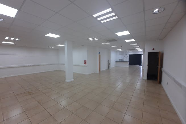 Unit 5 2M Trade Park, Beddow Way, Aylesford, Warehouse / Industrial To Let - 20210729_133222.jpg