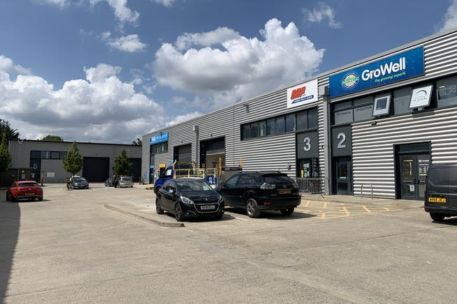 Unit 7 Wembley Trade Park, Wembley, Industrial / Retail To Let - IMG_6784.JPEG
