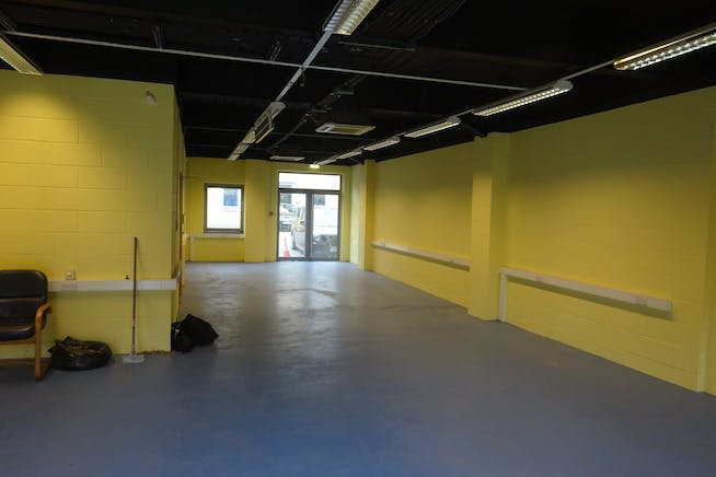 Unit 7 & 10 Quebec Wharf, 14 Thomas Road, London, Warehouse & Industrial / Offices To Let - DSC02877.JPG