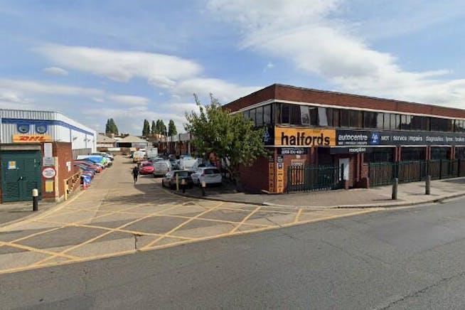 Unit 2 Merton Road Industrial Estate, Wandsworth, Industrial To Let - Street View
