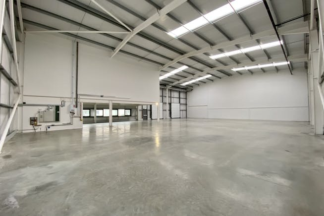Unit 4, Tavis House Business Centre, Haddenham, Industrial To Let - UNIT 4 WAREHOUSE 2.JPG