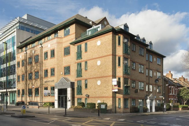 Chiswick Gate, London, Office To Let - 017_Property.jpg