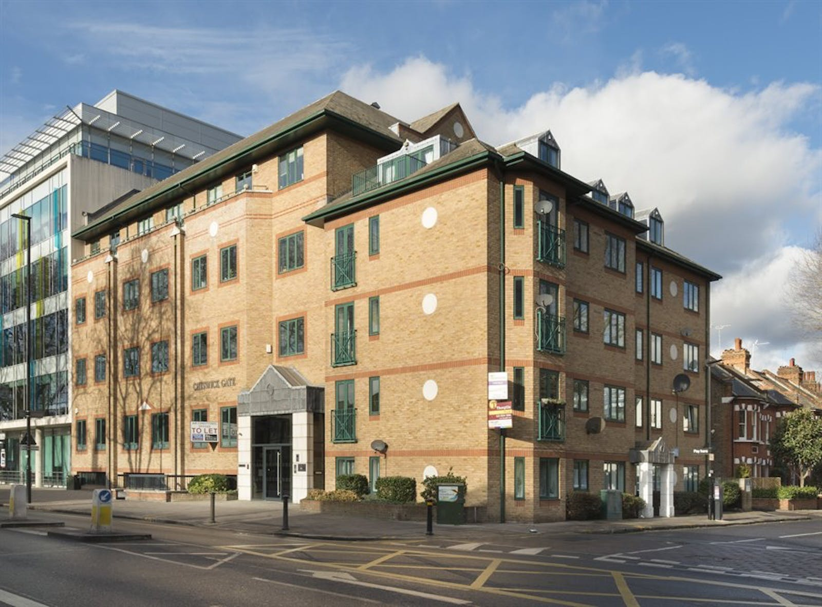Chiswick Gate, Chiswick, London, Office To Let - 017_Property.jpg
