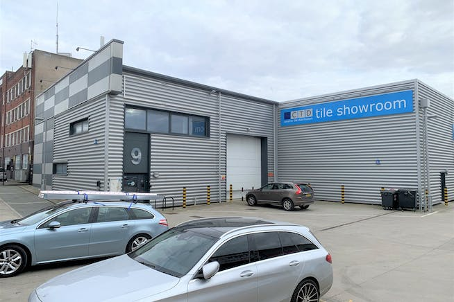 Brent Trade Park, Unit 9, London, Industrial To Let - IMG_5157.JPG