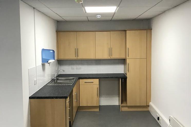 Unit 7 Springlakes Industrial Estate, Deadbrook Lane, Aldershot, Warehouse & Industrial To Let - first floor kitchen