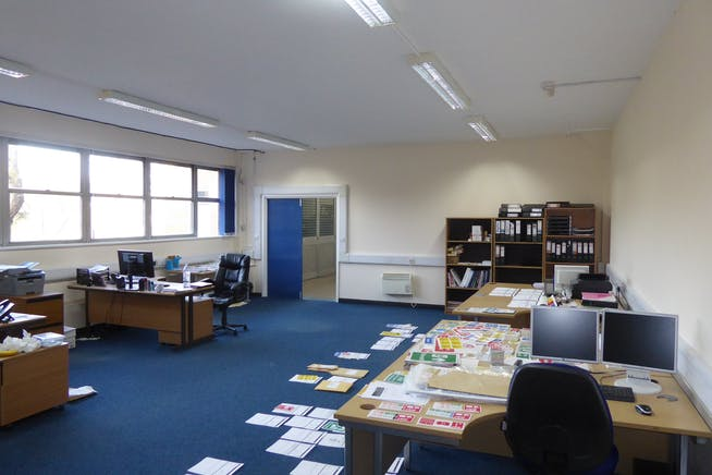 Oxford House, Sixth Avenue, Doncaster, Offices / Serviced Offices To Let - Office1_Doncaster_1.jpg
