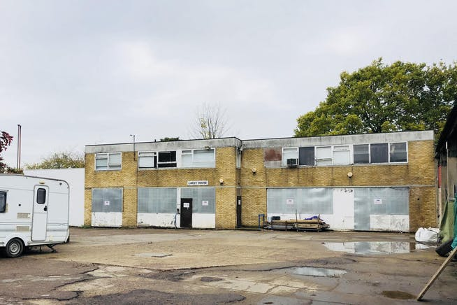 Various Units, St Clare Business Park, Holly Road, Hampton Hill, Offices / Industrial For Sale - IMG_E0048.JPG
