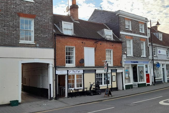 15, The Broadway, Newbury, Investments / Retail For Sale - 15Broadway 6Oct21.jpg