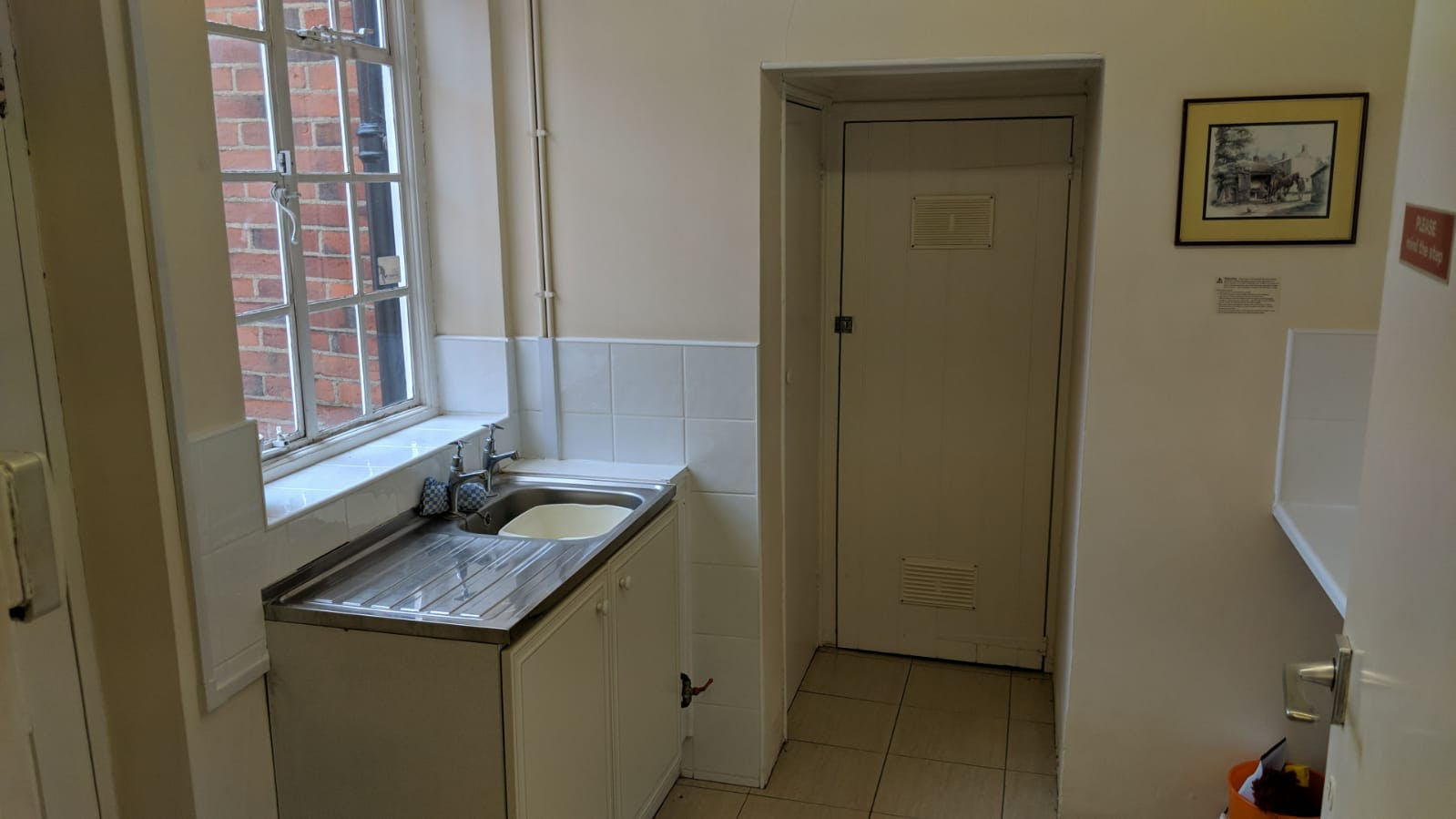 Dudley House, Kings Road, Fleet, Offices To Let - IMG-20181109-WA0013.jpg