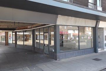 13 North Street Arcade, Havant, Retail To Let - 20190513_105740.jpg