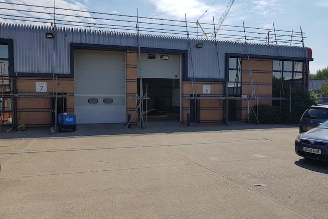 Fairwood Industrial Estate, Leacon Road, Ashford, Warehouse / Industrial To Let - 20200810_112257.jpg