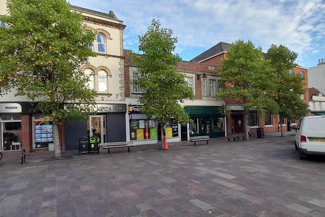 15, The Broadway, Newbury, Investments / Retail For Sale - StreetView 6Oct21.jpg