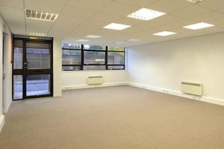Unit 45, Suttons Business Park, Reading, Industrial To Let - InternalPhoto-crop.jpg