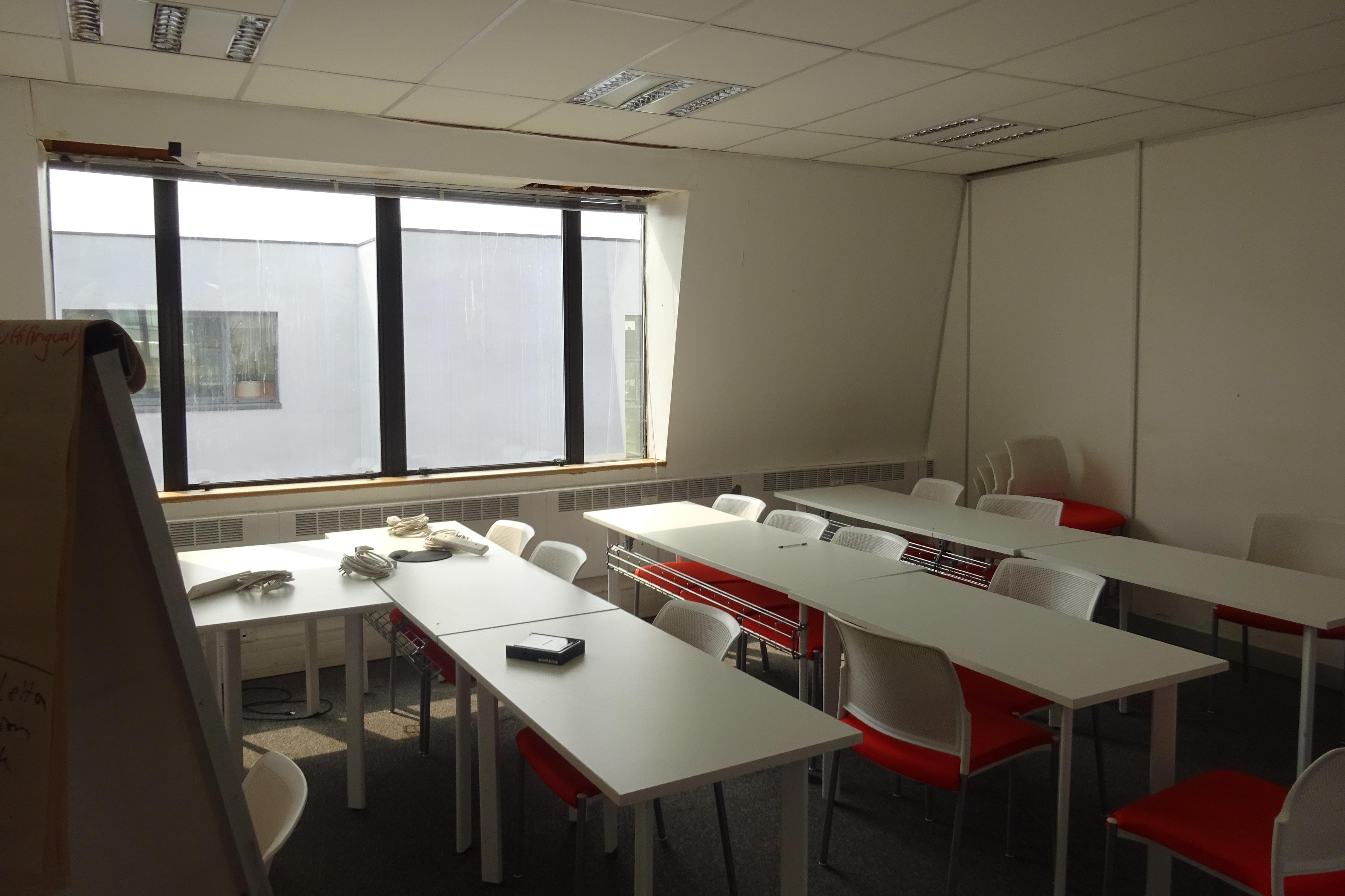 Queens Court, 9-17 Eastern Road, Romford, Offices To Let - Romford_Office_Space_To_Let.JPG