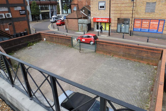 40-42 High Street, Maidenhead, Retail / Offices / Investment / Investment For Sale - Car Park at Rear.jpg