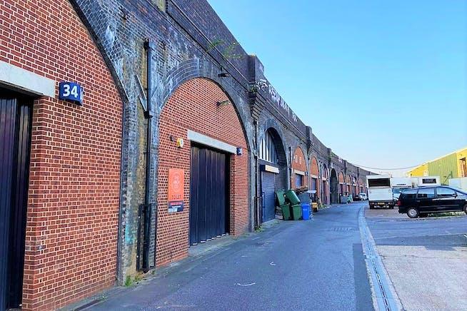 Arch 33 London Stone Business Estate, Battersea, Industrial To Let - External 3 .jpeg