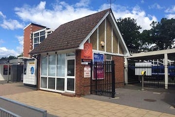 Station Forecourt, Farnborough, Retail To Let - Capture.JPG